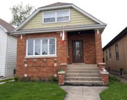 5624 West Newport Avenue, Chicago image