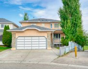 112 Hidden Vale Place Nw, Calgary image