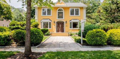 58 Legion Place, Closter
