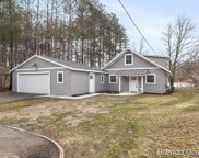 8816 Navaho Trail, Howard City image