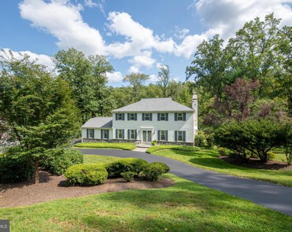 217 Hansell Rd, Newtown Square