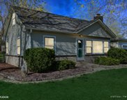 930 Honey Lake Road, Lake Zurich image