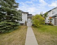 33 Country Hills Drive Nw, Calgary image