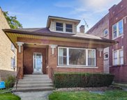 6621 North Rockwell Street, Chicago image
