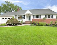 307 Country Club Drive, Oradell image