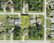10233 Topsail Avenue, Englewood image
