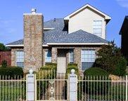 2839 Meadow Way Lane, Dallas image