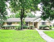 5803 Queensloch Drive, Houston image