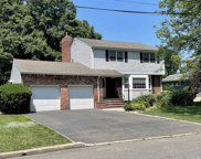 479 Lakeview Drive, Oradell image