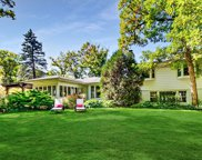 515 Beverly Place, Lake Forest image