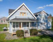 704 10th  ST, Gearhart image
