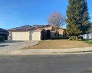 9800 Anaparno, Bakersfield image