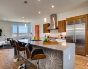 1025  White Knoll Dr, Los Angeles image