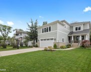 284 N Elm Avenue, Elmhurst image
