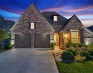 3312 Discovery Drive, Oak Point image