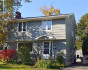 205 Wedgewood Ave, Riverview image