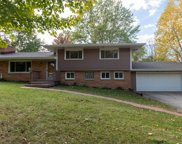1385 Hickory Hill Ln, Brookfield image