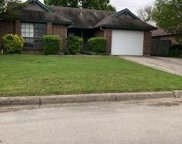 4224 Perriwinkle Drive, Fort Worth image