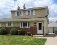 42675 Loni, Sterling Heights image