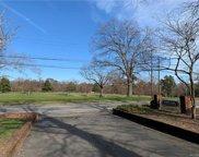 4050 Forest Hill  Avenue Unit U21, Richmond image