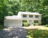 24 Queen Eleanor  Drive, Ledyard image