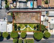 15525     Paramount Boulevard, Paramount image