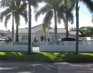 580 East Dr, Miami Springs image