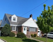 44 MARILYN PL, Clifton City image