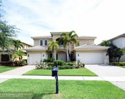 593 Edgebrook Ln, Royal Palm Beach image
