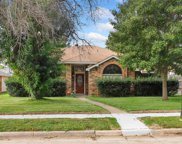 6725 Aimpoint Drive, Plano image