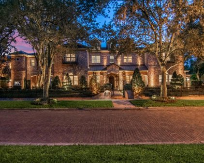 934 S Golf View Street, Tampa