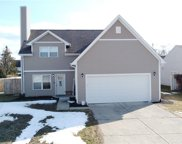 9207 Crossing  Drive, Fishers image