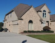 14546 BOURNEMUTH, Shelby Twp image
