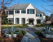 6725 Prestonshire Lane, Dallas image