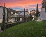 9308  Readcrest Dr, Beverly Hills image