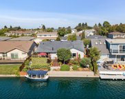 988 Flying Fish St, Foster City image