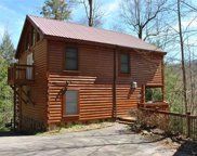 1640 Misty Hollow Way, Gatlinburg image