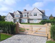 13 Beach Ln, Quogue image