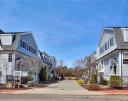 10 Maple  Street, New Canaan image