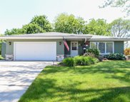 W135S6866 Hale Park Cir, Muskego image