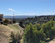 8554     HILLCROFT Drive, West Hills image