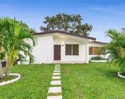 551 Ne 175th St, North Miami Beach image