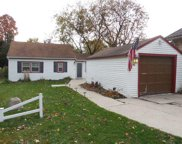1642 S Triangle Ave, New Berlin image