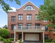 1867 Admiral Court, Glenview image
