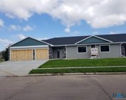 702 W 81st St, Sioux Falls image
