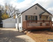 307 N Highland Ave, Sioux Falls image