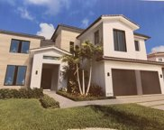 5711 Ashwood Cir, Fort Lauderdale image