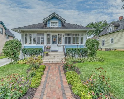 75 Browning Avenue, West Dundee