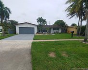 535 S Crescent Dr, Hollywood image