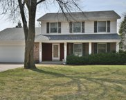 13419 W Sunny View Dr, New Berlin image